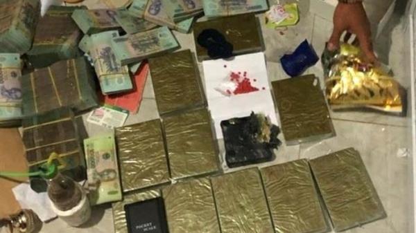 Bóc gỡ đường dây ma túy 'khủng', thu giữ 2,7 tỷ đồng