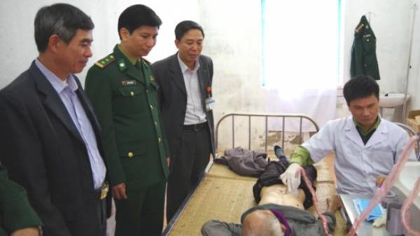 BĐBP Ninh Bình: Khám bệnh, cấp thuốc miễn phí cho hơn 100 lượt người dân