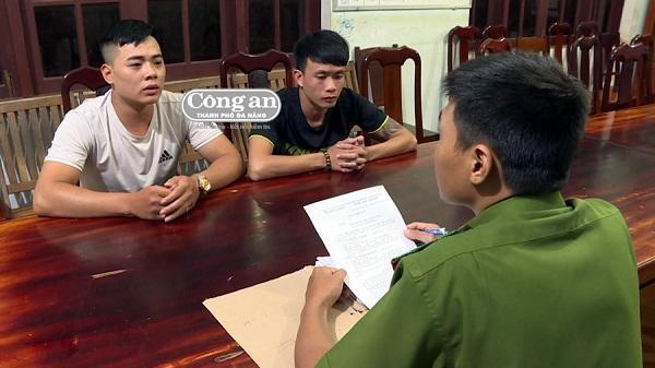 """Bắt 2 thanh niên Hải Dương """"khủng bố"""" con nợ để đòi tiền"""