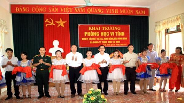 Khai trương phòng học vi tính tại trường THCS Ninh Nhất