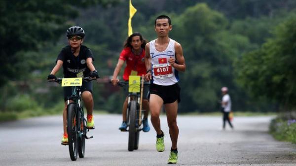Chàng trai Ninh Bình dẫn đầu những ứng cử viên vô địch Ho Chi Minh City Marathon 2019