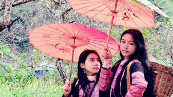 2 thiếu nữ xinh đẹp xuất hiện ở Tây Bắc khiến ai cũng chú ý, hóa ra là con gái của MC nổi tiếng