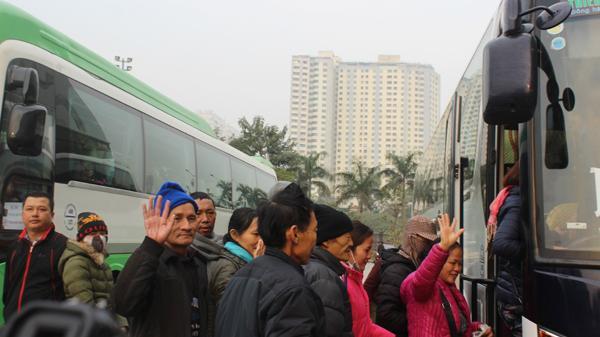 Tin vui: Loạt chuyến xe yêu thương sẽ chở miễn phí bệnh nhân nghèo ở Hải Dương về quê ăn Tết