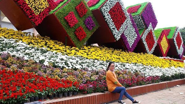 Yên Bái rực rỡ sắc hoa trênphố đi bộ đón xuân Kỷ Hợi 2019