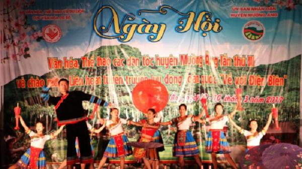 Hàng nghìn người dân Điện Biên tham dự ngày hội văn hóa, thể thao các dân tộc Mường Ảng