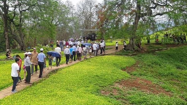 Du khách đến với Điện Biên tăng mạnh trước Lễ hội hoa ban 2019