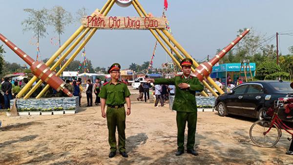 Điện Biên: Trên 500 lượt cán bộ, chiến sĩ ra quân bảo vệ Lễ hội Hoa Ban 2019