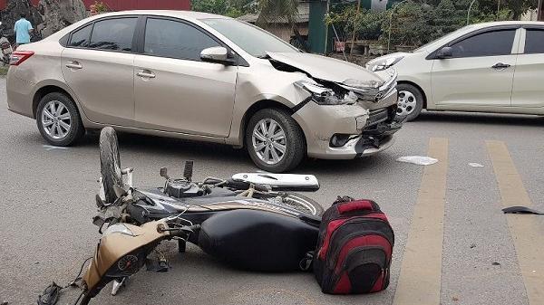 Hải Dương: Tài xế xe bán tải s.ay xỉn gây tai nạn liên hoàn, bà lão 62 tuổi t.ử v.ong