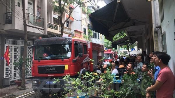 Hải Dương: Tầng 3 hai nhà cùng phố Hai Bà Trưng bị thiêu rụi do chập điện