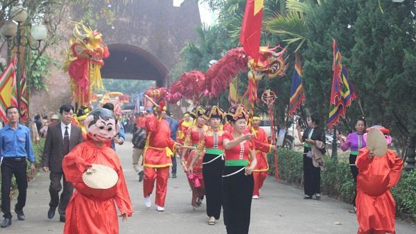 Điện Biên: Rộn ràng khai hội Hoàng Công Chất