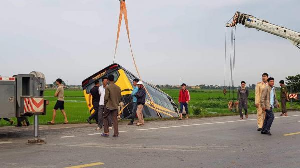 Tai n.ạn liên hoàn trên đường dẫn kết nối cao tốc Ninh Bình - Cầu Giẽ