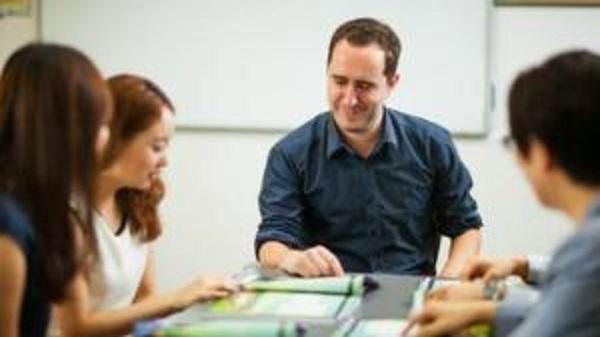 Ninh Bình: Toàn tỉnh có 18 giáo viên nước ngoài được cấp phép làm việc tại các Trung tâm ngoại ngữ