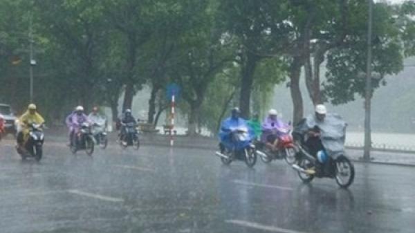 """Miền Bắc """"thoát"""" nắng nóng, bước vào đợt mưa rông kéo dài"""