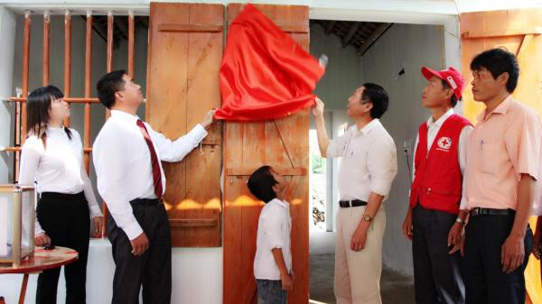 Ninh Bình: Tặng 172.672 suất quà trị giá trên 53.468 triệu đồng cho người có công
