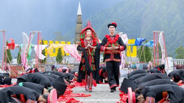 """Sun World Fansipan Legend (Lào Cai) tiếp tục lập kỳ tích với giải thưởng """"Điểm du lịch văn hóa hấp dẫn hàng đầu thế giới 2019"""""""