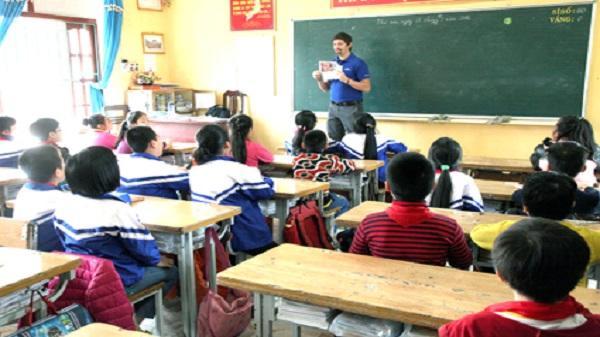 """Thành phố Ninh Bình: Vẫn """"nóng"""" chuyện thiếu giáo viên bậc tiểu học"""