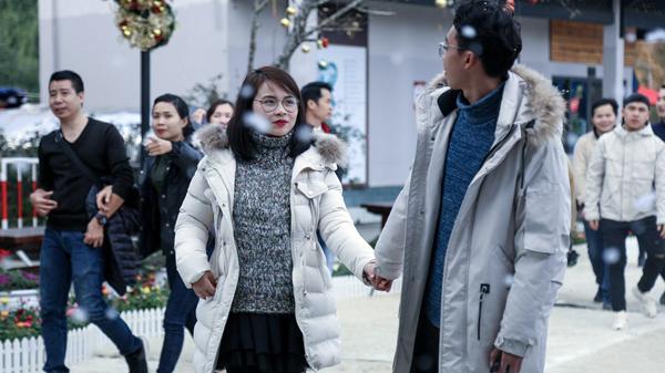 """Sun World Fansipan Legend (Lào Cai) hóa """"Xứ sở pha lê- thiên đường tuyết rơi"""" – đi ngay kẻo lỡ cả mùa đông"""