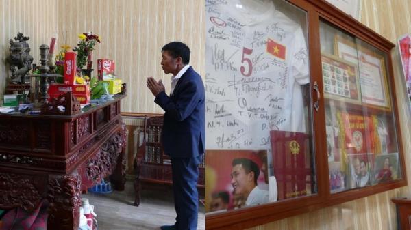 Chuyện buồn mà gia đình giấu Văn Hậu trước trận chung kết SEA Games 30