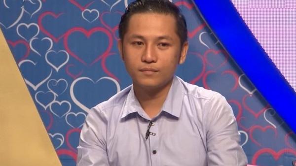 """Lần đầu gặp mặt, anh chàng bác sĩ quê Ninh Bình tiết lộ thích nhảy """"sexy dance"""" khi tắm khiến cô gái bối rối"""