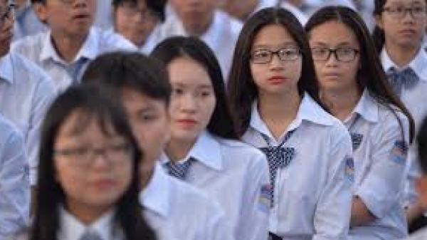 Sau 1 ngày đi học lại, UBND tỉnh gửi hoả tốc cho học sinh tiếp tục nghỉ
