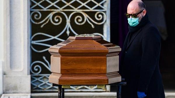 Bệnh 'viêm phổi lạ' xuất hiện ở Italy từ tháng 11