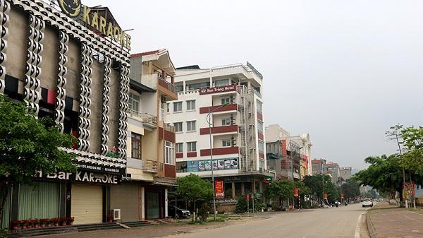 Chùm ảnh: Nhà hàng, quán cà phê, cơ sở dịch vụ trên địa bàn thành phố Lào Cai tạm dừng hoạt động
