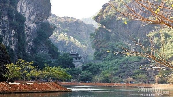 'Phiêu bồng' đến nơi thâm sơn cùng cốc ở Ninh Bình vào cuối tuần