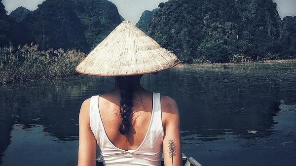 """Cô gái Nha Trang và chuyến phượt độc hành Ninh Bình: """"Có những hành trình chỉ cần một mình là đủ"""""""