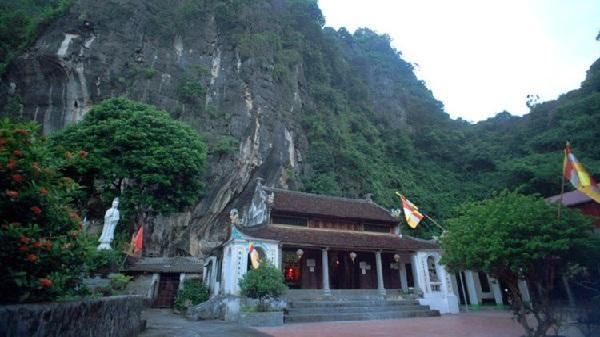 Chùa Bàn Long, điểm du lịch lý tưởng ngày cuối tuần