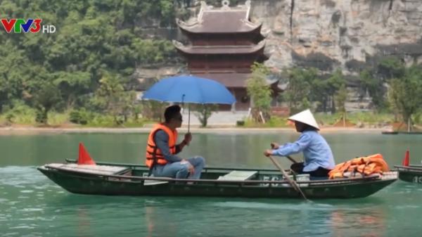 Theo chân soái ca Người Phán Xử đi chiêm nghiệm nét đẹp của những cô lái đò ở Tràng An - Ninh Bình