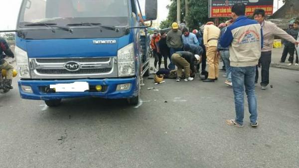 Tin nóng: Tai nạn giữa xe máy và xe tải ở Ninh Bình, một người tử vong tại chỗ