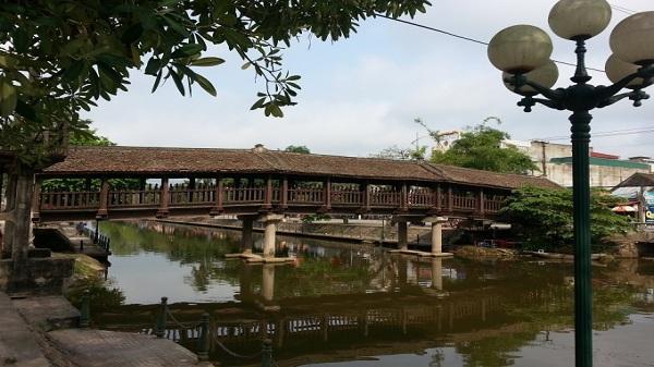 Cầu ngói Phát Diệm niềm tự hào của người Ninh Bình