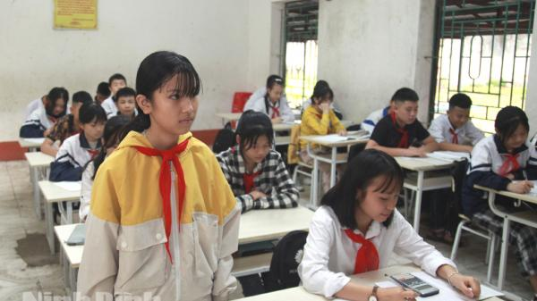 Ninh Bình: Nghị lực vượt khó học giỏi của cô bé mồ côi