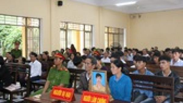 Ninh Bình: 13 học sinh THCS thuê 2 ô tô đi đánh nhau do mâu thuẫn trên facebook