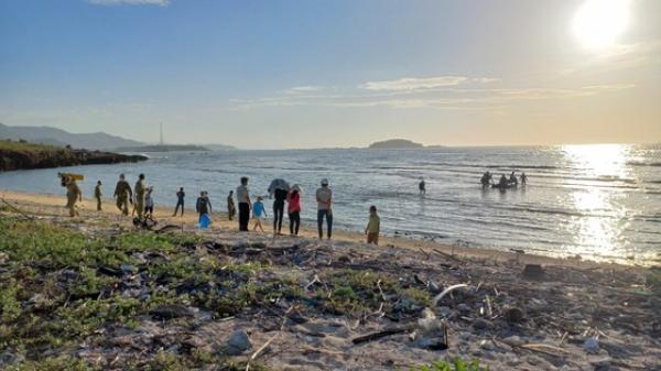 Tìm thấy thi thể 2 thanh niên ở Ninh Thuận đi câu cá bị rơi xuống biển