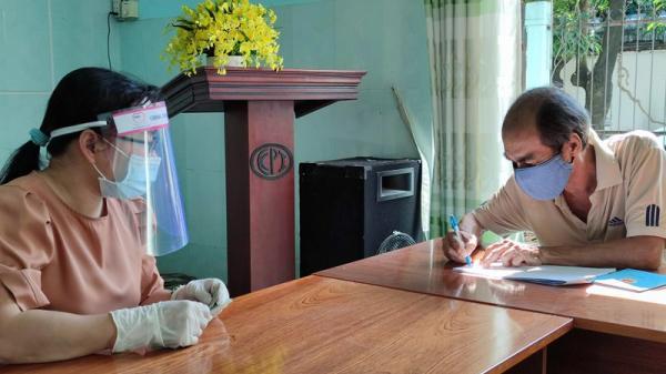 TP.HCM: Cán bộ sẽ mang tiền đến nhà hỗ trợ 2,5 triệu người dân khó khăn do dịch
