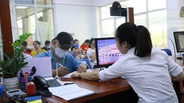 Gia tăng số lao động nhận hỗ trợ từ quỹ bảo hiểm thất nghiệp