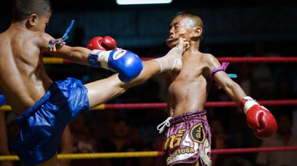 Võ sĩ Muay Thái 13 tuổi c.hết trên sàn đấu, cộng đồng mạng phẫn nộ.
