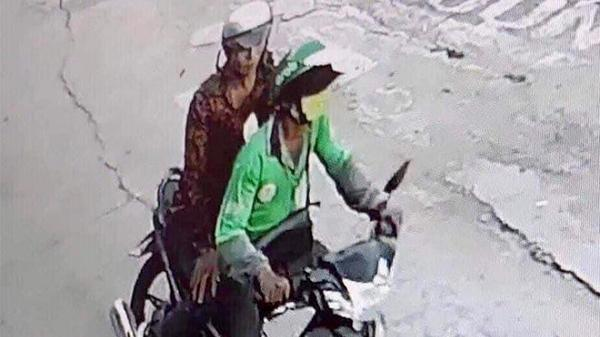 Tài xế GrabBike bị cướp cắt cổ ở Sài Gòn