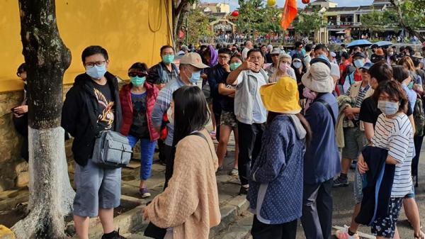 Đà Nẵng: Khách sạn mất khách, khẩu trang cháy hàng vì virus Corona