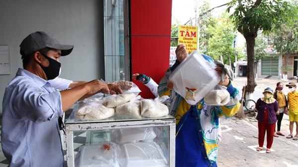 Ninh Thuận: Bán gạo 1.000 đồng/kg cho người nghèo
