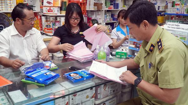 """Ninh Thuận: Phát hiện nhà thuốc """"găm"""" khẩu trang y tế trước đại dịch Covid-19"""