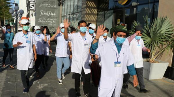 40 bác sĩ, điều dưỡng từ Thừa Thiên Huế được cử vào Đà Nẵng chống dịch
