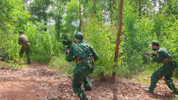 90 tân binh quân hàm xanh 'xung trận' trên biên ải xứ Lạng