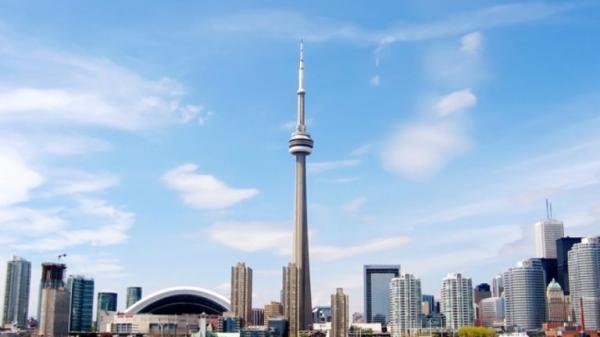 """Những địa điểm ăn – xem – chơi """"khét tiếng"""" nhất định phải tới ở Toronto"""