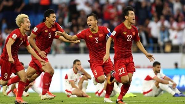CHÍNH THỨC: HLV Park Hang-seo loại 2 cầu thủ, chốt danh sách đấu Malaysia vào tối mai (10/10)