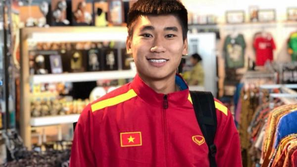 Chân dung chàng tiền đạo quê Thái Bình được gọi lên tuyển U23 Việt Nam kỳ này, từng là Vua phá lứa, được dân mạng hết lòng yêu mến