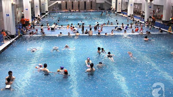 Nam Định: Trao tặng bể bơi thông minh trị giá hơn trăm triệu đồng cho học sinh