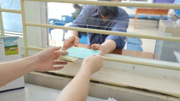 Tiếp tục thực hiện tốt công tác chi trả cho người dân gặp khó khăn do đại dịch COVID-19