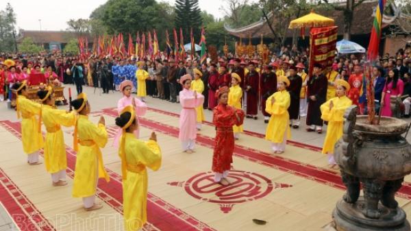 Phú Thọ: Khai hội đền Tổ Mẫu Âu Cơ 2018